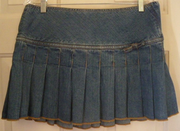 AEROPOSTALE Blue Mid-Thigh PLEATED HIPSTER DENIM Skirt size 9/10