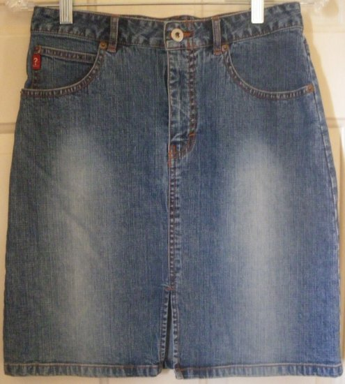 GUESS JEANS Blue Mid-Thigh STRETCH DENIM Skirt size 14 *NWOT*