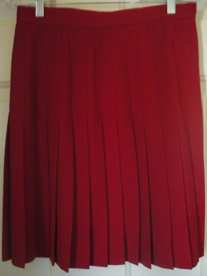 JH COLLECTIBLES Red Knee-Length PLEATED Wool Skirt size 6P