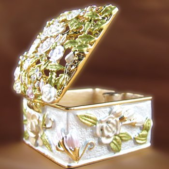GOLD TONE BRIDAL FLOWER TRINKET BOX SWAROVSKI CRYSTALS