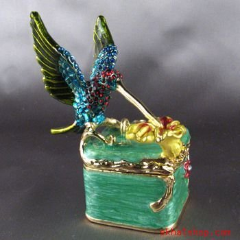 HUMMINGBIRD TRINKET / RING / GIFT BOX with SWAROVSKI CRYSTALS