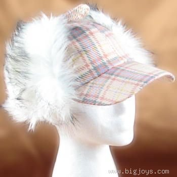 WINTER SKI FUR HUNTER DUCK CAP COYOTE HAT PINK PLAID