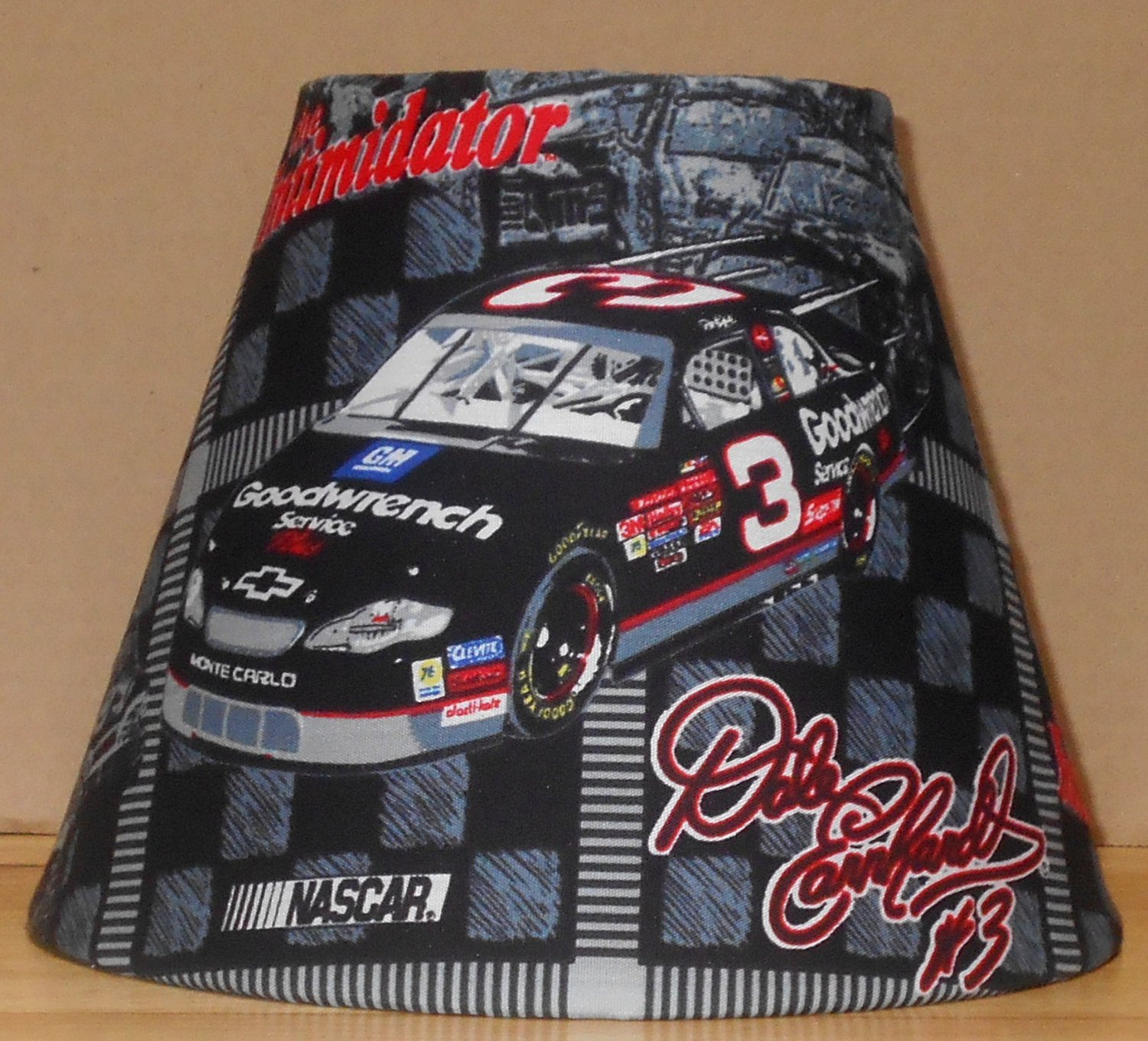 DALE EARNHARDT SR  LAMP AND SHADE  FABRIC LAMP SHADE lampshade NASCAR RACING 7.5x5x9.5