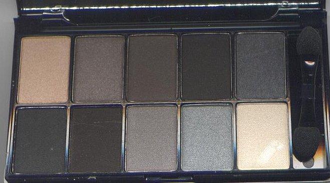 NYX Runway Collection 10 Eyeshadow Pallet -SMOKEY EYES