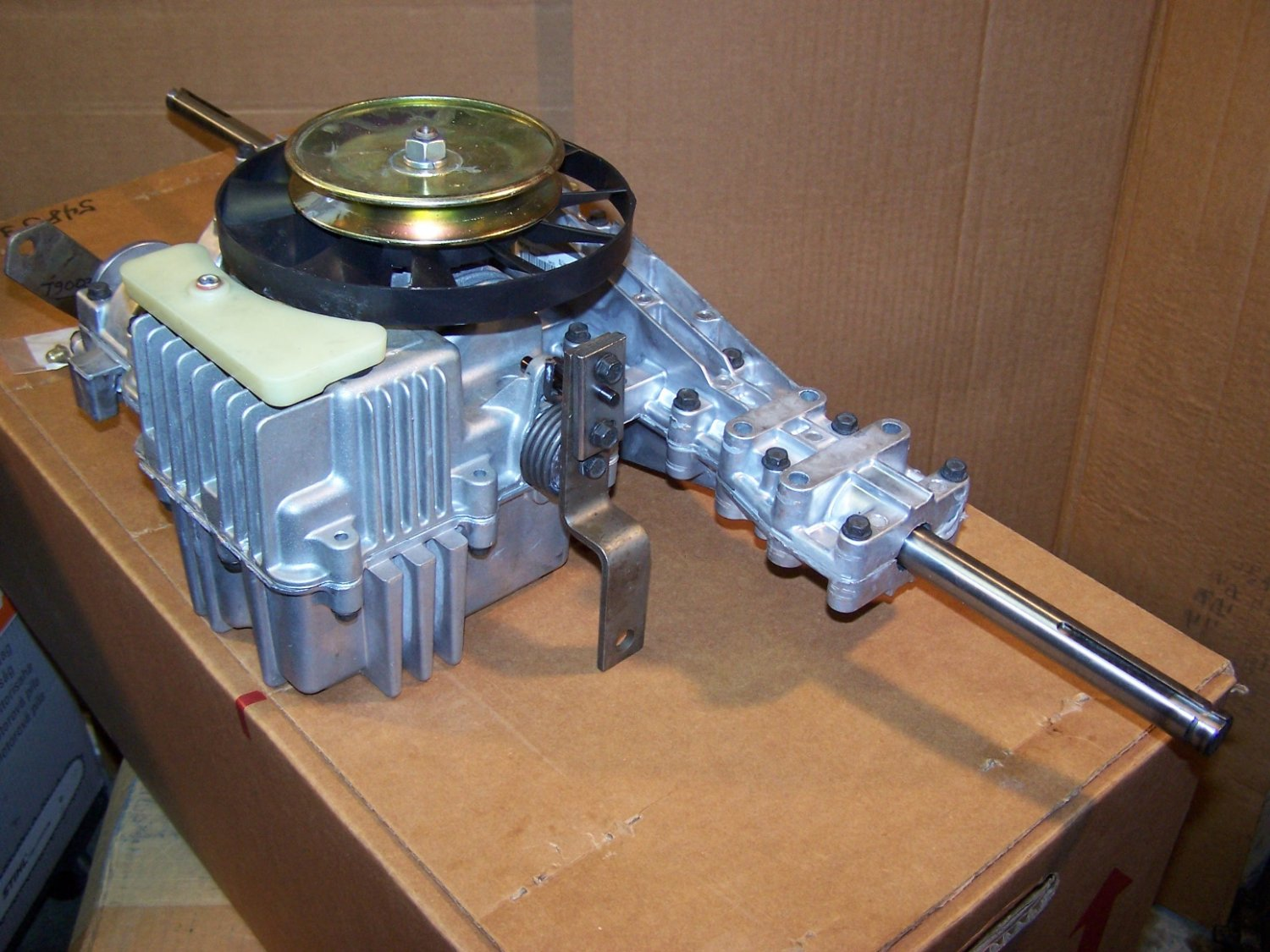 Murray Lawn Tractor Hydrostatic Transmission : New peerless lth b hydrostatic transaxle replaces