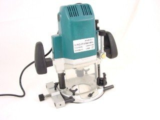 ELECTRIC 2.5 HP PLUNGE ROUTER + CASE + BITS