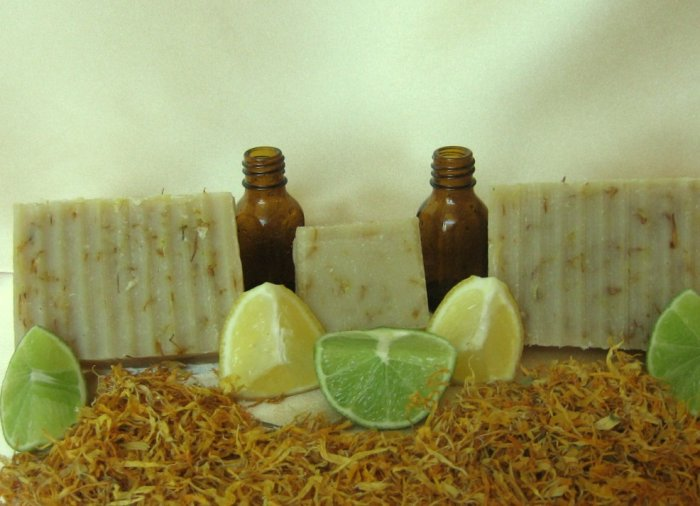 Lemon, Lime and Calendula Soap (3.8 oz)