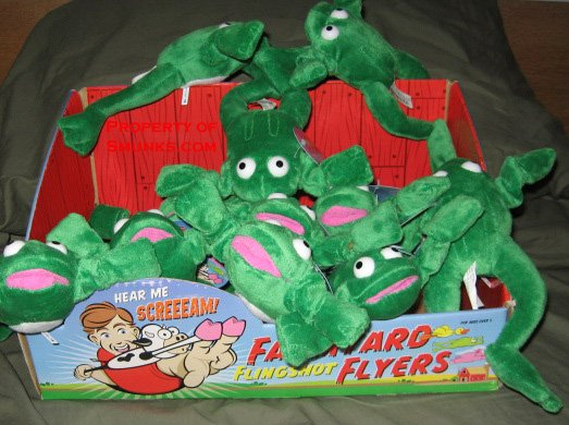 New Screaming Slingshot Flying Frog Toy WOW $2.99 ea!