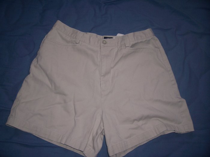 Dockers Top Pocket Khakis Size 10