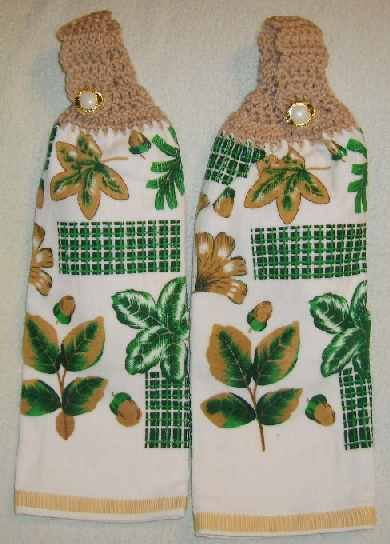 Kitchen Hand Towels Leaves and Acorns FREE SHIPPING