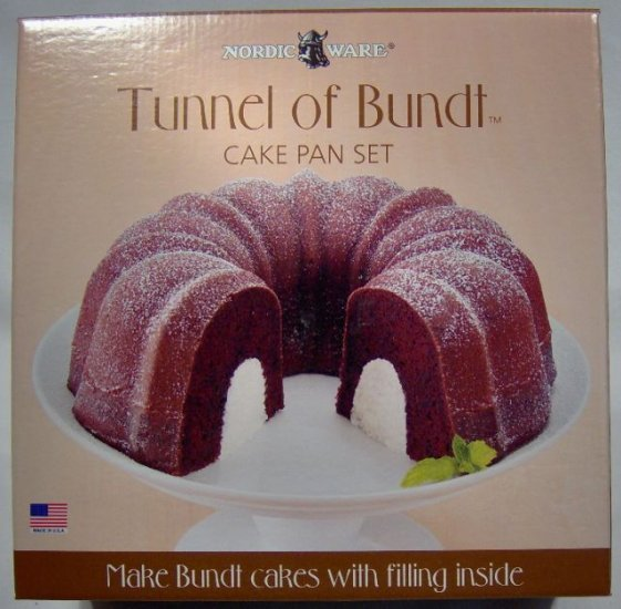 Tunnel of Bundt Set - Pro Cast Cake Mold and Insert
