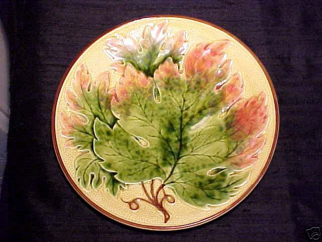 Antique German Majolica Maple Leaf Plate Zell, gm135