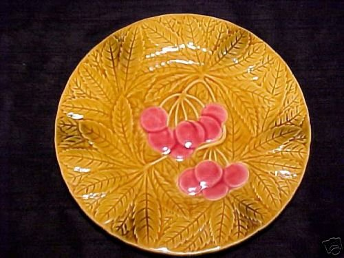 VINTAGE FRENCH MAJOLICA FRUIT AND LEAVES  PLATE, fm439