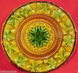 Antique Majolica Pottery Plate pre-V&B circa 1840-1845 Villeroy, gm621