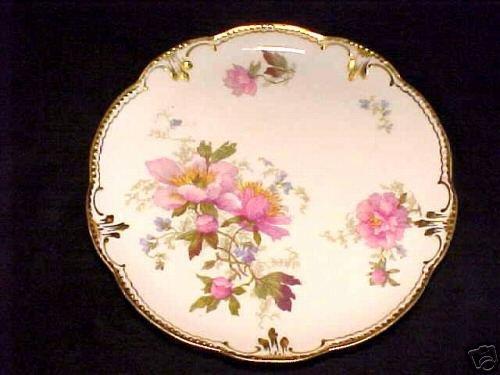 BEAUTIFUL HANDPAINTED  LIMOGES PLATE c.1900, L7