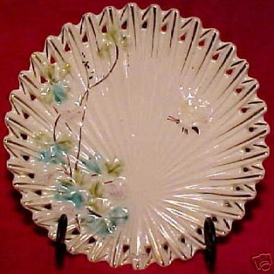 ANTIQUE GERMAN MAJOLICA POTTERY PLATE VILLEROY & BOCH, gm695
