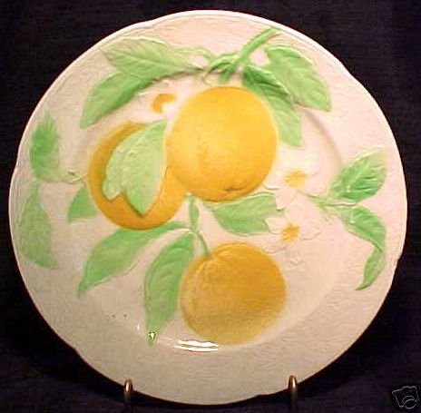 ANTIQUE FRENCH ST.CLEMENT MAJOLICA POTTERY ORANGES  PLATE, fm227