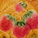 Vintage Strawberries & Leaves Strawberry Majolica Plate, fm435
