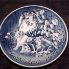 P5, VINTAGE CONTINENTAL MOTHER'S DAY PLATE COLLIE FAMILY