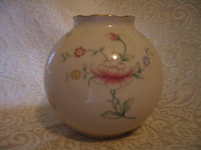 Lenox Globe Vase Floral Garden cuppatea.ecrater.com