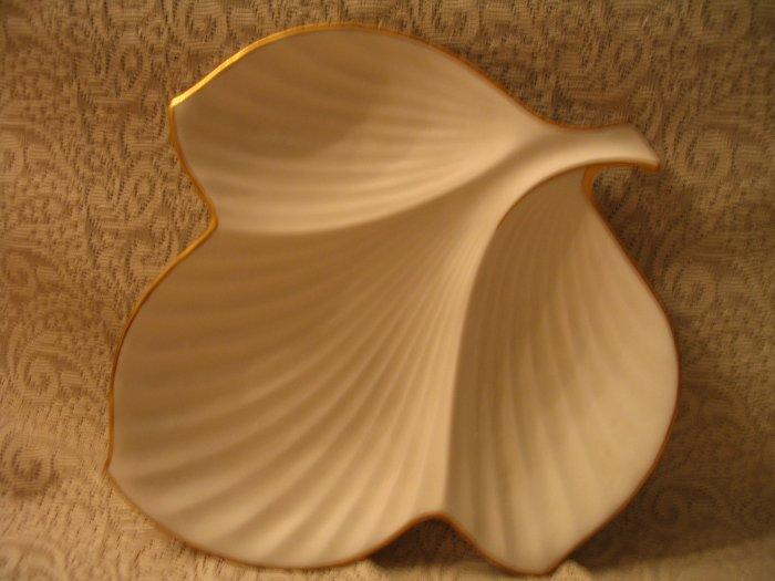 Noritake China Leaf Plate Dish cuppatea.ecrater.com