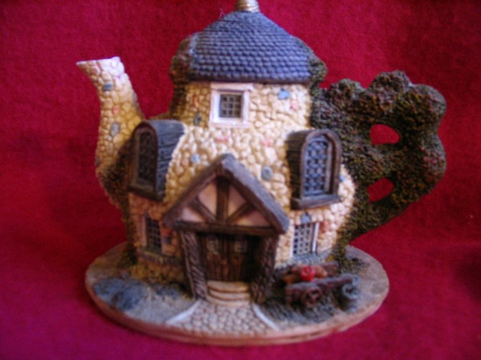 Decorative Country Cottage Teapot Tea Pot  cuppatea.ecrater.com