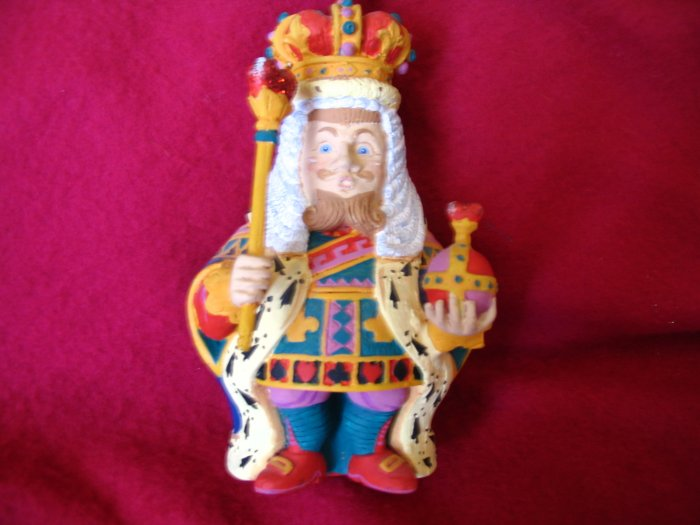 King of Hearts Ornament Dept 56 Alice in Wonderland cuppatea.ecrater.com