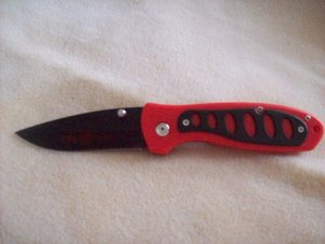 Fire Fighter knife with belt clip !!! collectable
