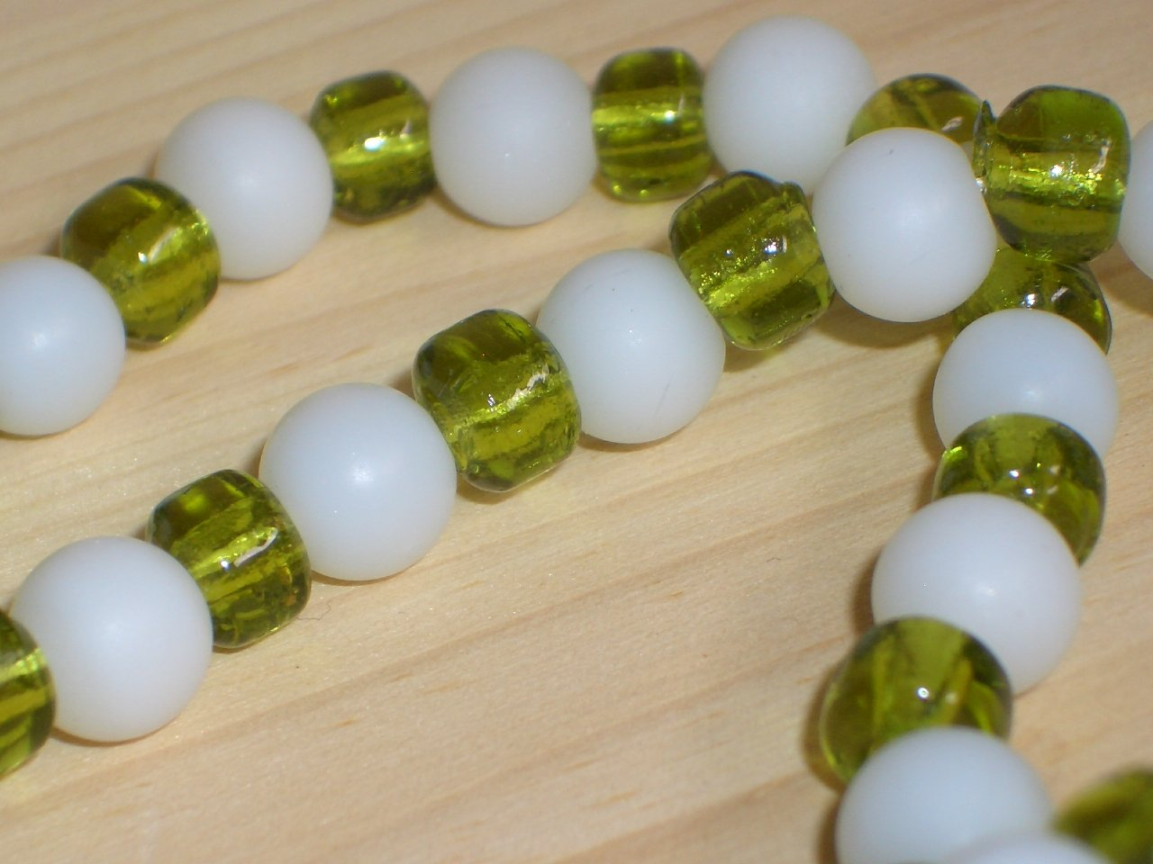 Refreshing Lime Mod Matinee Necklace White Green Glass Beads Simple Understated Classic Fun Style