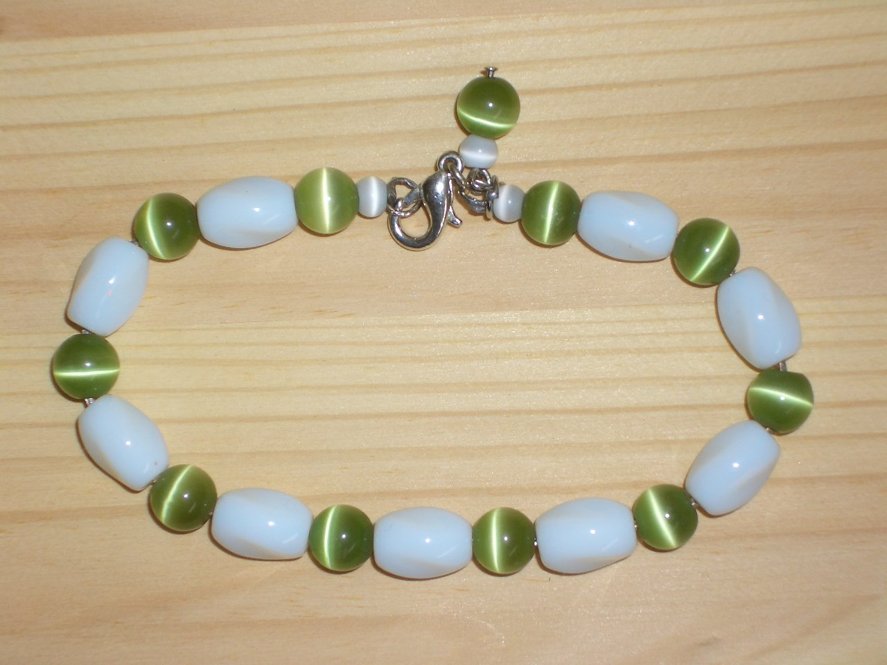 Charming Cute Bracelet White Oblong Green Round Glass Beads Trendy Mod Funky Chic Fashion Accessory
