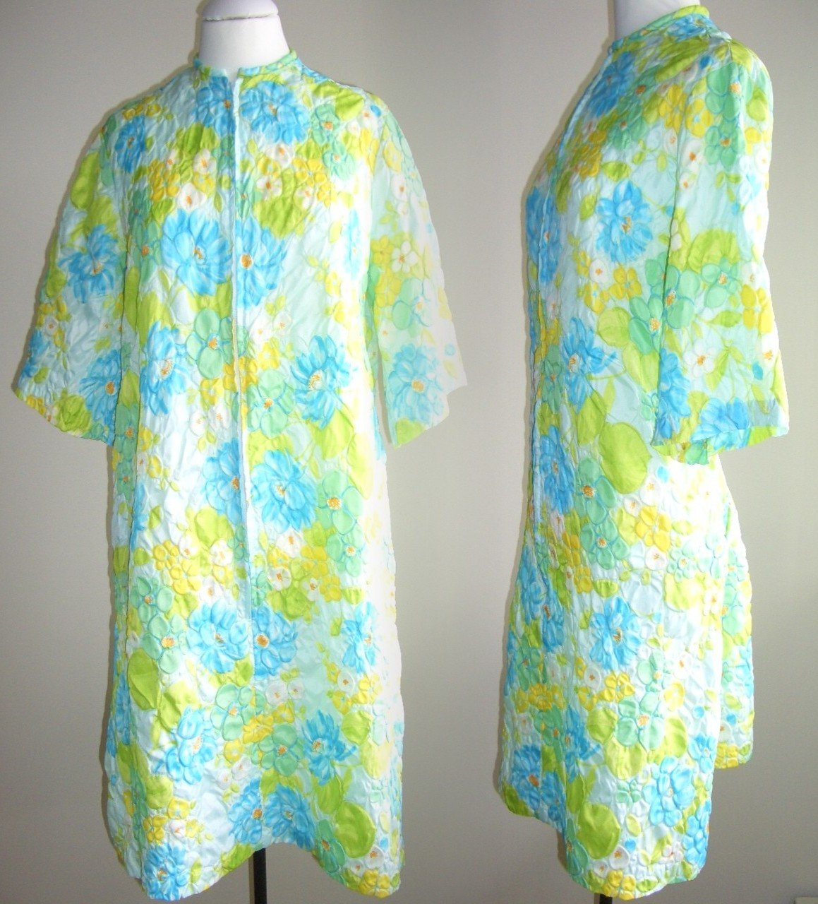 Ladylike Housecoat Dressing Gown Robe Blue Yellow Green Floral Cabbage Roses Popcorn