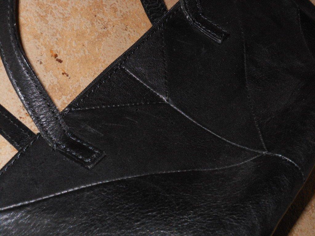 Black Leather Fossil Shoulder Bag EastWest Barrel Purse Chevron Pattern Leather Classic Elegant Chic