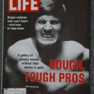 LIFE  MAGAZINE- Oct 6, 1972 - BOB LILY - PRO FOOTBALL