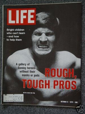 LIFE  MAGAZINE- Oct 6, 1972 - BOB LILY - PRO FOOTBALL