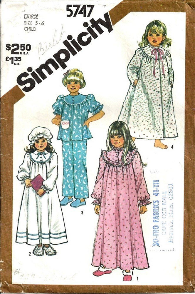 Simplicity 5747 Girls Nightgown Pajamas Robe Sewing Pattern Size 5, 6