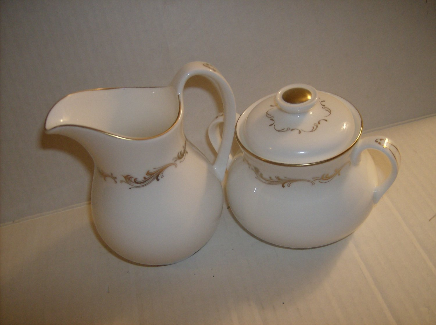 CREAM AND SUGAR BOWL BOULTON CO