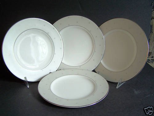 """WATERFORD Fine China Giselle Accent Plate 9"""" set/4 New"""