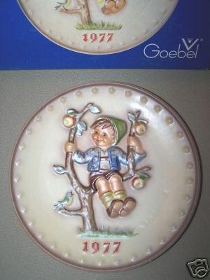 Hummel Goebel Apple Tree Boy Annual Plate 1977 MIB