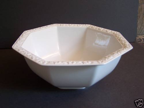 ROSENTHAL Maria White Round Vegetable Serving Bowl New