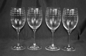 ROYAL DOULTON Cimlet 34376 Etoile Wine Glasses Set/4 by  Monique Lhuillier NIB