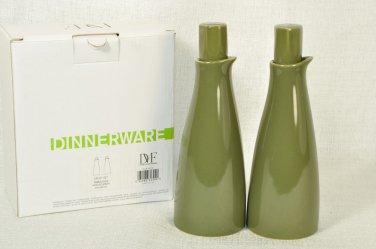 DIANE VON FURSTENBERG DVF Pebblestone Olive Oil Vinnegar Cruet Set Avocado NIB