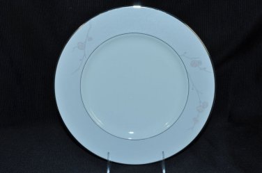 WATERFORD Fine China Chrysanthemum Dinner Plate  New