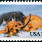 Scott #2025 CHRISTMAS - Cat and dog 1982 single stamp denomination: 13¢