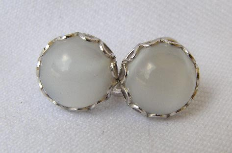 Vintage Sterling Silver  Quartz Cabachon Earrings