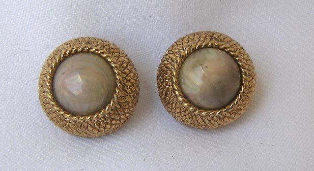 Fine Vintage Ciner Woven Gold & Cabochon Clip Earrings