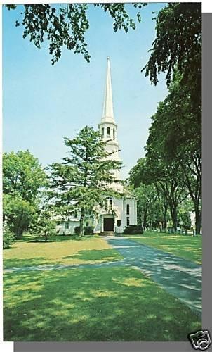 HARWICH, MASS/MA POSTCARD,First Congreg Church,Cape Cod