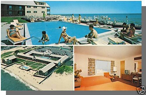 DENNIS PORT, MASS/MA POSTCARD, The Soundings Motel, Cape Cod