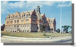 FAIRHAVEN MASS/MA POSTCARD, Fairhaven High School,Mint!