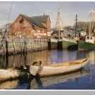 Striking ROCKPORT, MASS/MA POSTCARD, Boats/Dock/Harbor