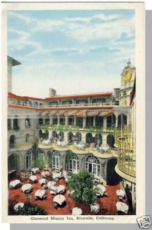RIVERSIDE, CALIFORNIA/CA POSTCARD, Glenwood Mission Inn